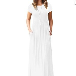 White soft maxi with pockets!!
